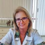 A médica dermatologista Cimone Bonfanti atende na Rua Pinheiro Machado, 2659, sala 604 – 6º andar do Centro Comercial Cavour, no bairro São Pelegrino, em Caxias do Sul. O telefone é o (54) 3223.3426